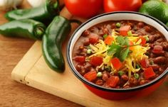 This spectacular Spicy Chili is slimmed down with lean ground sirloin, fiber-rich kidney beans, green peppers, onions, and tomatoes. Simmer together with Mrs. Dash® Extra Spicy Seasoning Blend for a burst of exceptional flavor.