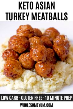 Recipes Videos Keto Baked Asian Turkey Meatballs Recipe - Learn how to make healthy, keto Asian turkey meatballs that are full of flavor, with prep! This baked ground turkey meatball recipe has simple ingredients and just 6 grams net carbs. Ketogenic Recipes, Low Carb Recipes, Cooking Recipes, Healthy Recipes, Healthy Baking, Ground Turkey Meatballs, Healthy Turkey Meatballs, Comida Keto, Albondigas