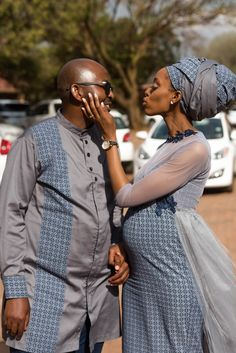A Gorgeous Wedding With The Bride In Shweshwe Design Pedi Traditional Attire, Traditional Wedding Attire, Traditional Fashion, Traditional Weddings, African Attire, African Dress, South African Traditional Dresses, Celebrity Wedding Photos, South African Weddings