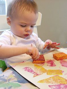 Simple sponge painting for babies- great art project for tiny hands.