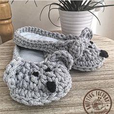 Crochet Sandals, Crochet Shoes, Crochet Slippers, Crochet Yarn, Crochet Flower Squares, Crochet Flowers, Cotton Cord, Crochet Slipper Pattern, Crochet T Shirts