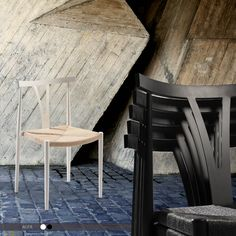 ALFA Chair - Lacquer w. natural seat