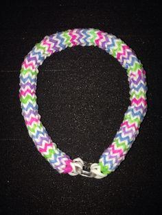 6 Pin Hexafish Rubberband bracelet.