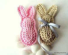 Pattern schema per realizzare i coniglietti imbottiti - bomboniera battesimo o baby shower, by Tramontana Uniquely Couture, 3,00 € su misshobby.com