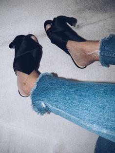 Bow Slippers // viennawedekind.com