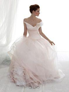 ffe36970fde5 8 fantastiche immagini su Vestito nozze uomo