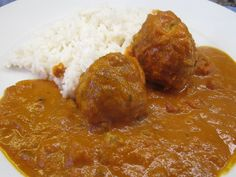 Easy chicken meatballs tikka masala with cococnut rice