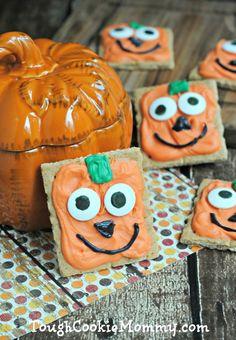 Spooky Pumpkin Grahams - Tough Cookie Mommy