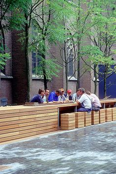 Seating and fountain in 's-Hertogenbosch, NL by Buro Lubbers. Click image for link to full profile and visit the slowottawa.ca boards >> https://www.pinterest.com/slowottawa/boards