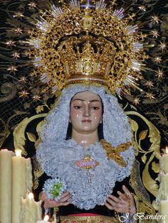 Las Fotografías de Bandera: La Virgen de los Dolores en su Soledad de Alcalá d...