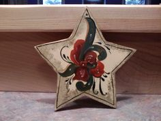 Rosemaling Christmas ornament