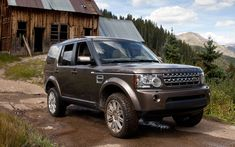 2011 Land Rover LR4 Side View