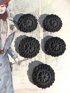 Antique victorien black french crochet buttons Set of 5
