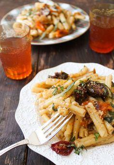 Roaster tomato pasta