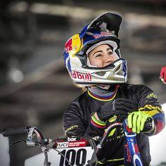 La lesión de Mariana Pajón igual de grave a la que tuvo Falcao Bmx Racing, Wheels, Bone Fracture, Champs, Character, Cycling, Legs, Gold, Colombia