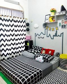 27 Beautiful Girls Bedroom Ideas for Small Rooms (Teenage Bedroom Ideas), Teenage and Girls Bedroom Ideas for Small Rooms, Pink Colors, Girls Room Paint Ideas with Beds Wall Art Small Room Bedroom, Cozy Bedroom, Trendy Bedroom, Bedroom Colors, Small Rooms, Room Decor Bedroom, Girls Bedroom, Bedroom Ideas, Girl Rooms