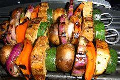 Homeveganer: Vegan grillen (Teil 7), Marinierte Tofu-Gemüse-Spieße