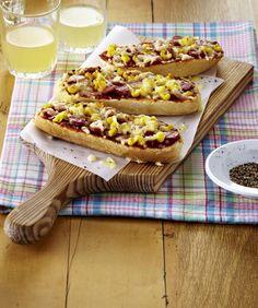 Unser beliebtes Rezept für Käse-Baguette mit Salami und Mais und mehr als 55.000 weitere kostenlose Rezepte auf LECKER.de.
