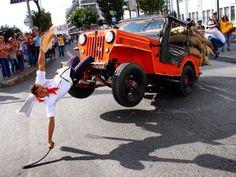 Las 16 formas más extrañas que tenemos los colombianos para divertirnos