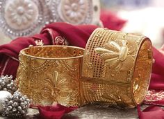 Tanishq Bengali Bride Wedding Jewellery Collection - Bangles