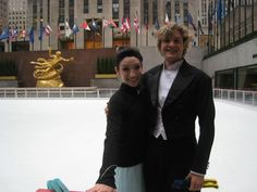 Meryl Davis and Charlie White - NYC 2012 - Today Show appearance at Rockefeller Center