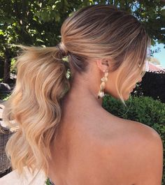 ponytail hairstyles ,puff ponytail wedding hairstyle #weddinghair #ponytails #wedding #hairstyles #ponytail #weddinghairstyles