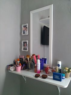Room Design Bedroom, Room Ideas Bedroom, Home Room Design, Small Room Bedroom, Bedroom Decor, Make Up Tisch, Pinterest Room Decor, Glamour Decor, Vanity Room