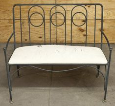 French wrought iron settee with ring design back. Bronze feet and finials. Size x x on Aug 2015 Patio Seating, Settee, Manners, Outdoor Furniture, Outdoor Decor, Vanity Bench, Wrought Iron, Ring Designs, Auction