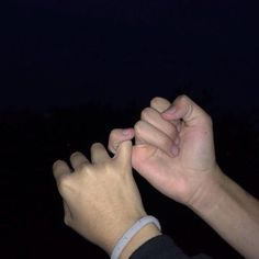 Me and Byrne lock pinkies. Get the best tips and how to have strong marriage/relationship here: Relationship Goals Pictures, Cute Relationships, Cute Couples Goals, Couple Goals, You Are My Moon, Couple Holding Hands, Hand Holding, Photo Couple, Ulzzang Couple