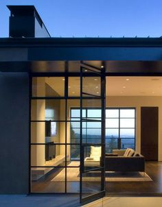 Portland Hilltop House,designed by Olson Kundig Architects,situated in Portland, Oregon.