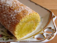 The Corner translation into English Marta: Pie Wet Coco Other Recipes, Sweet Recipes, Cake Recipes, Dessert Recipes, Dessert Ideas, Portuguese Desserts, Portuguese Recipes, Portuguese Food, Cheesecakes