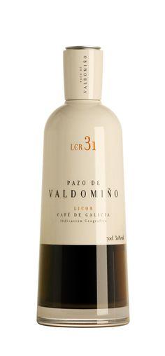 Licor Café Pazo de Valdomiño #packaging #design