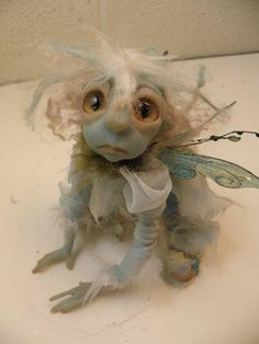 blue avatar animal faery fairies by DinkyDarlings.awwww, I think he needs a BIG hug! Woodland Creatures, Magical Creatures, Fantasy Creatures, Elfen Fantasy, Fantasy Art, Fantasy Dolls, Avatar Animals, Blue Avatar, Dragons
