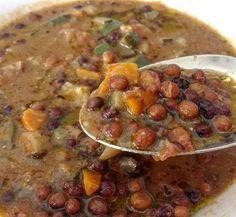"""zpr """"Roveja""""Beans and tomato soup for an healthy and tasty lunch! Give a look on our website (link in bio) to discover typical legumes from Le Marche.Zuppa di Roveja e pomodoro per un pranzo sano e gustosto! Dai un'occhiata al nostro sito (link in bio) per scoprire i legumi tipici delle Marche. #tastingmarche #pranzo #pranzoitaliano #lunch #italiaintavola #lemarcheintavola #secucinatevoi #cucinandoarte #legumes #healthyfood #lemarche #destinazionemarche #sano #volgosapori #ifoodit #instafood…"""