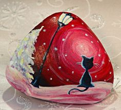 Decorative objects - Happy winter night, stone painted pink and red - a designer . Pebble Painting, Pebble Art, Stone Painting, Stone Crafts, Rock Crafts, Pebble Stone, Stone Art, Caillou Roche, Art Rupestre