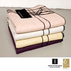 AWARD WINNING BLANKET, 100% Pure New Wool, limited edition, 200 x 130 cm.