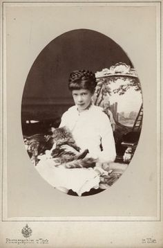 Archduchess Marie Valerie with cat