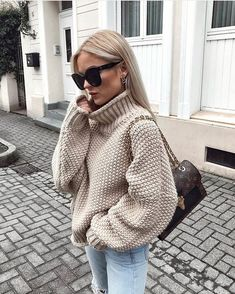 winter outfits cold Winteroutfit-Inspiration, um I - winteroutfits Mode Outfits, Casual Outfits, Fashion Outfits, Womens Fashion, Fashion Trends, Girly Outfits, Trending Fashion, Dress Casual, Fashion Boots