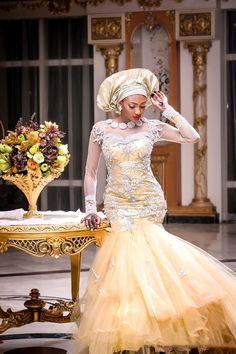 Mimi and Nas Hausa Muslim Wedding in Nigeria ~African fashion, Ankara, Kente… Nigerian Wedding Dress, Nigerian Bride, African Wedding Dress, Wedding Dress Styles, Bridal Dresses, Women's Dresses, Dresses 2016, Sleeve Dresses, Fashion Dresses
