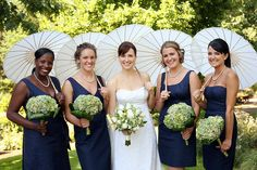 Perfectly Pointed Parasols #Wedding #Bridesmaids #accessories