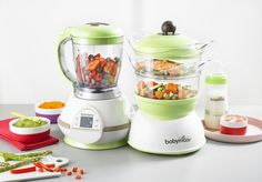 Babymoov Nutribaby Food Processor: Why it rocks. The BabyMoov Nutribaby baby food processor is the ultimate multitasker. From steaming to pureeing and sterilizing, it's a fantastic gift for registering showers. Best Baby Food Maker, Baby Food Makers, Home Recipes, Baby Food Recipes, Paleo Recipes, Baby Food Steamer, Steam Cooker, Speed Foods, Cool Mom Picks
