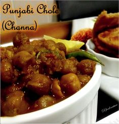 Punjabi Chole (Channa) | D' food couture Chickpea Recipes, Kung Pao Chicken, Chicken Wings, Meat, Healthy, Ethnic Recipes, Couture, Food, Kitchens