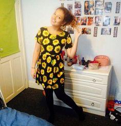 sunflower dress! Sunflower Dress, About Me Blog, Summer Dresses, Outfits, Fashion, Moda, Suits, Summer Sundresses, Fashion Styles
