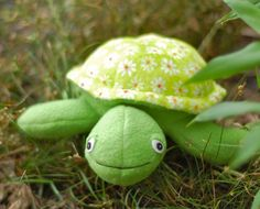 Scooter the Turtle sewing pattern