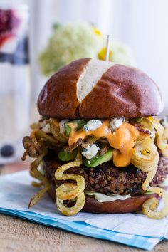 Buffalo-Blue Curly Cheese Fry and Crispy Black Bean Burgers Recipe Half Baked Harvest Gourmet Burgers, Burger Recipes, Vegetarian Recipes, Cooking Recipes, Burger Ideas, Vegetarian Burgers, Quinoa Burgers, My Burger, Burger And Fries