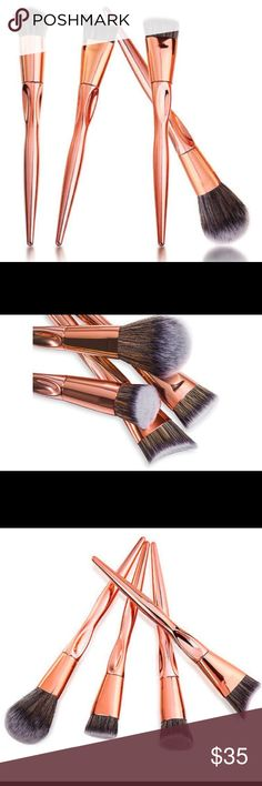 ✨💋💄rose gold contour & face brush set x 4 ✨ Kabuki rose gold face brushes ! Brand new in plastic & box ! No name just a makeup pro Salon type ! Which I absolutely love ! New with a gift !listed as Mac for exposure only ! High quality Mua pro set . 💋💋💄💄✨✨✨ boutique Makeup Brushes & Tools