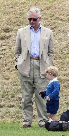 HRH Prince Charles keeping an eye on grandson Prince George at a polo game this Sunday Prince And Princess, Princess Kate, Princess Charlotte, English Royal Family, British Royal Families, Camilla Duchess Of Cornwall, Duchess Kate, Lady Diana, Kate Middleton