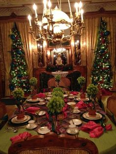 Christmas at the Pabst mansion, Milwaukee WI