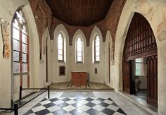 Best Castles & Palaces of Europe Malbork Castle, Matte Painting, Gothic Architecture, Medieval Castle, Kirchen, Castles, Palace, Europe, History
