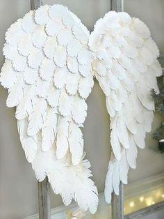 Diy Angel Wings, Angel Wings Costume, Angel Wings Wall Decor, Diy Wings, Feather Angel Wings, Angel Decor, Angel Theme, Christmas Angels, Christmas Crafts